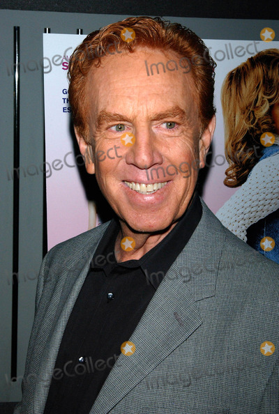 Alan Kalter Photo - Photo by Walter Weissmanstarmaxinccom200662006Alan Kalter at the premiere of Strangers with Candy(NYC)