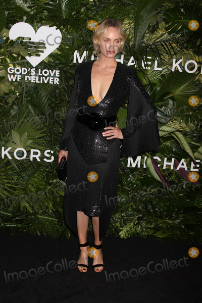 Photo - Photo by Victor MalafrontestarmaxinccomSTAR MAX2017ALL RIGHTS RESERVEDTelephoneFax (212) 995-1196101617Amber Valletta at The 11th Annual Gods Love We Deliver Golden Heart Awards in New York City