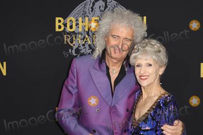 Anita Dobson Photo - Photo by John NacionstarmaxinccomSTAR MAX2018ALL RIGHTS RESERVEDTelephoneFax (212) 995-1196103018Brian May and Anita Dobson at the premiere of Bohemian Rhapsody in New York City