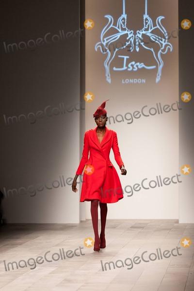 Photo - Issa London Catwalk LFW