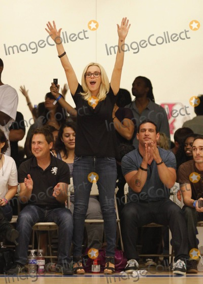 Photos From Jenny McCarthy Roots For Sister