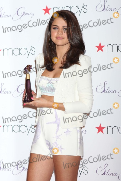 Photo - Selena Gomez Fragrance Launch at Macys-NYC