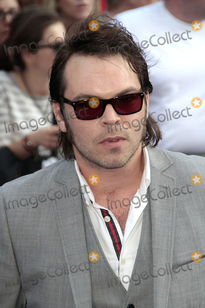 Gaz Coombes Photo - Jul 10 2013 - London England UK - The Worlds End World Premiere The Empire Leicester SquarePhoto Shows Gaz Coombes of Supergrass