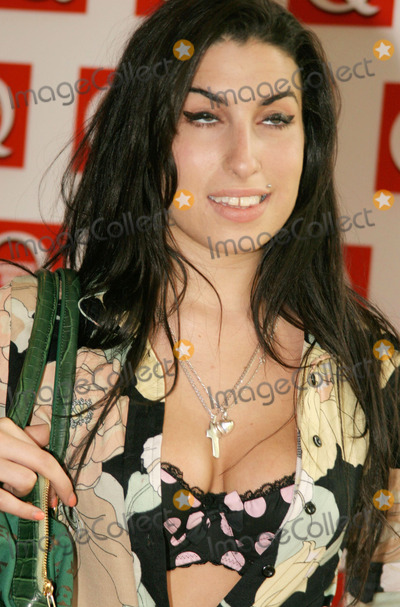 Photo - Amy Winehouse found dead