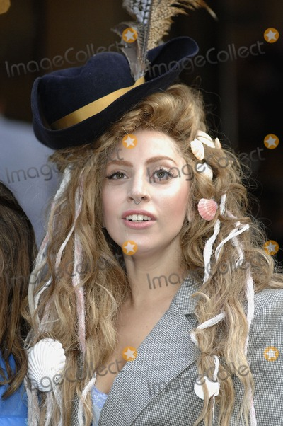 Photo - London UK Lady Gaga leaving her hotel in Central London 28th August 2013Ref LMK386-45090-290813Gary MitchellLandmark Media WWWLMKMEDIACOM