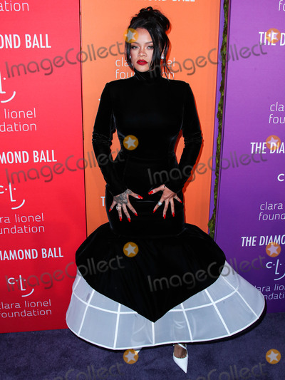 Photos From Rihanna's 5th Annual Diamond Ball
