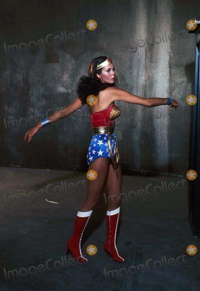 Photo - Lynda Carter 1976 Supplied by Phil Roach-ipol-Globe Photos Inc Tv-film Still