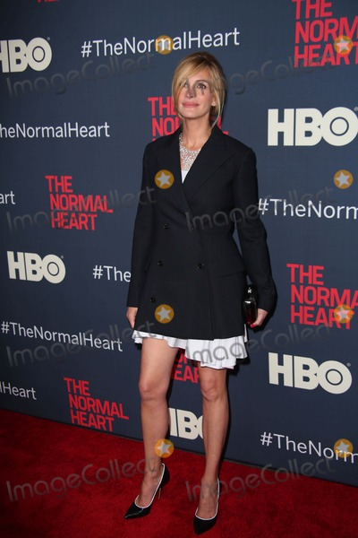 Photo - The New York Premiere of Hbo Films the Normal Heart the Ziegfeld Theater NYC May 12 2014 Photos by Sonia Moskowitz Globe Photos Inc 2014 Julia Roberts