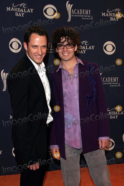 Hanna  McEuen Photo - Jaime Hanna and Jonathan Mceuen - 40th Academy of Country Music Awards - Arrivals - Mandalay Bay Casinolas Vegas CA - 05-17-2005 - Photo by Nina PrommerGlobe Photos Inc2005 -