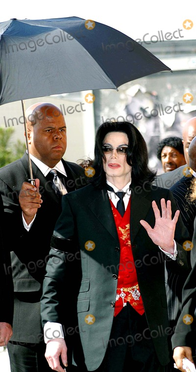 Michael Jackson,Johnnie Cochran,Jacksons Photo - Funeral of Johnnie L Cochran Jr