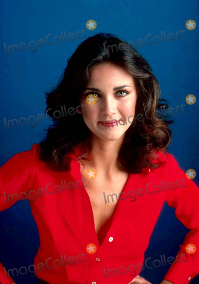 Photo - Lynda Carter Photo by Jim Mccrary-ipol-Globe Photos Inc