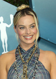 Margot Robbie Photo - 19 January 2020 - Los Angeles California - Margot Robbie 26th Annual Screen Actors Guild Awards held at The Shrine Auditorium Photo Credit AdMedia