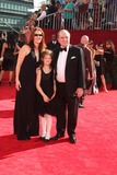 Bob Newhart Photo - Bob Newhart and family at the 61st Annual Primetime Emmy Awards Nokia Theatre Los Angeles CA 09-20-09