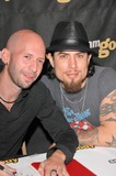 Neil Strauss Photo - Co-author Neil Strauss and Dave Navarro at Dave Navarros Appearance  Book Signing of Dont Try This At Home at Sam GoodyMusicland at Universal CityWalk Universal City CA 10-12-04