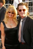 Goldie Hawn Photo - Goldie Hawn and Kurt Russell at the premiere of Raising Helen El Capitan Hollywood CA 05-26-04