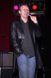 Anthony Head Photo - Anthony Head Sings at the 4th Annual Buffy Posting Board Party at the American Legion Hall Hollywood 02-17-01