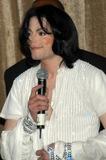 Michael Jackson Photo - Michael Jackson at Michael Jacksons 45th Birthday Party Orpheum Theater Los Angeles Calif 08-30-03