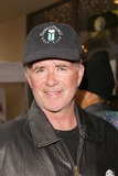 Alan Thicke Photo - Alan Thicke at the launch of Last Chance for Animals Pets  Celebrities at Pet Mania Burbank CA 11-15-03