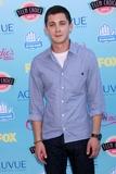 Logan Lerman Photo - Logan Lermanat the 2013 Teen Choice Awards Arrivals Gibson Amphitheatre Universal City CA 08-11-13