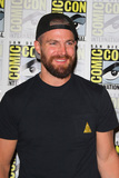 Amel Photo - SAN DIEGO - July 21  Stephen Amell at the The Arrow Press Line at the Comic-Con International on July 21 2018 in San Diego CA