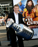 Chris Osgood Photo - Chris Osgood of the Detroit Redwings with the Stanley CupLove Guru PremiereGraumans Chinese Theater Los Angeles CAJune 11 2008