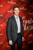 Andrew Walker Photo - LOS ANGELES - DEC 4  Andrew Walker at the Christmas At Holly Lodge Screening at 189 The Grove Drive on December 4 2017 in Los Angeles CA
