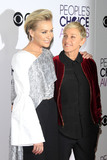 Portia De Rossi Photo - LOS ANGELES - JAN 18  Portia de Rossi Ellen DeGeneres at the Peoples Choice Awards 2017 at Microsoft Theater on January 18 2017 in Los Angeles CA