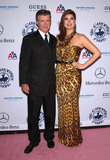 Alan Thicke Photo - Photo by KGC-11starmaxinccom 2010ALL RIGHTS RESERVEDTelephoneFax (212) 995-1196102310Alan Thicke and wife Tanya Callau at the 32nd Anniversary Carousel of Hope Ball(Beverly Hills CA)
