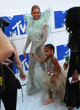 Beyonce Photo - Photo by XPXstarmaxinccomSTAR MAX2016ALL RIGHTS RESERVEDTelephoneFax (212) 995-119682816Beyonce and her daughter Bule Ivy Carter at The 2016 MTV Video Music Awards(Madison Square Garden NYC)