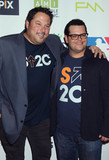 Greg Grunberg Photo - Photo by REWestcomstarmaxinccomSTAR MAX2016ALL RIGHTS RESERVEDTelephoneFax (212) 995-11969916Greg Grunberg and Josh Gad at The 5th Biennial Stand Up To Cancer (SU2C)(Los Angeles CA)