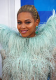 Beyonce Photo - Photo by XPXstarmaxinccomSTAR MAX2016ALL RIGHTS RESERVEDTelephoneFax (212) 995-119682816Beyonce at The 2016 MTV Video Music Awards(Madison Square Garden NYC)