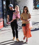 Amelia Warner Photo - Photo by gotpapstarmaxinccomSTAR MAX2018ALL RIGHTS RESERVEDTelephoneFax (212) 995-119612818Jamie Dornan and Amelia Warner are seen in Los Angeles CA