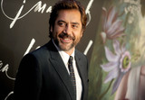Javier Bardem Photo - Photo by Dennis Van TinestarmaxinccomSTAR MAX2017ALL RIGHTS RESERVEDTelephoneFax (212) 995-119691317Javier Bardem at the premiere of Mother in New York City