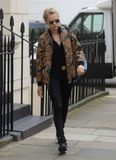 Annie Clark Photo - Photo by KGC-102195starmaxinccomSTAR MAXCopyright 2016ALL RIGHTS RESERVEDTelephoneFax (212) 995-119632216Cara Delevingne and her girlfriend Annie Clark aka St Vincent are seen leaving the home of Caras parents in Chelsea(London England UK)Pictured  Cara Delevingne