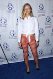 Beck Photo - Photo by John NacionstarmaxinccomSTAR MAX2018ALL RIGHTS RESERVEDTelephoneFax (212) 995-11962518Isabella Farrell at the premiere of Becks in New York City