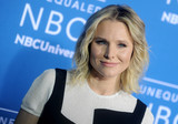 Kristen Bell Photo - Photo by Dennis Van TinestarmaxinccomSTAR MAX2017ALL RIGHTS RESERVEDTelephoneFax (212) 995-119651517Kristen Bell at The 2017 NBCUniversal Upfront in New York City