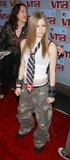 Avril Lavigne Photo - Photo by Walter WeissmanSTAR MAX Inc - copyright 200282902Avril Lavigne attends the 2002 MTV Video Music Awards(Radio City Music Hall NYC)