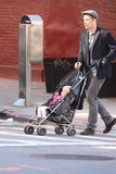 Jane Hawking Photo - Ethan Hawke daughter7542JPGNYC  101010EXCLUSIVE Ethan Hawke and daughter Clementine Jane Hawke (2 years old) walking home from a playground in the West VillageEXCLUSIVE photo by Adam Nemser-PHOTOlinknet