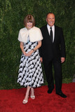 Anna Wintour Photo - October 15 2015 New York CityAnna Wintour and Michael Kors attending the 2015 Gods Love WE Deliver Golden Heart Awards at Spring Studios on October 15 2015 in New York CityCredit Kristin CallahanACETel (646) 769 0430