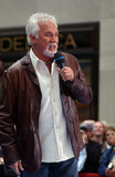 Kenny Rogers Photo - Singer Kenny Rogers performs at the Today Show in New