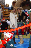 Aly and AJ Photo - November 24 2005 New York City      Aly and AJ at The Macys Thanksgiving Parade on Central Park West