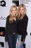 Aly and A J Photo - Singers ALY  AJ MICHALKA at a celebrity screening in Beverly Hills for Walk the LineNovember 10 2005 Beverly Hills CA 2005 Paul Smith  Featureflash