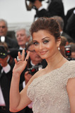 Aishwarya Photo - Aishwarya Rai Bachchan at the gala premiere for Midnight in Paris the opening film at the 64th Festival de CannesMay 11 2011  Cannes FrancePicture Paul Smith  Featureflash