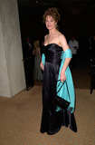 Nancy Travis Photo - 12FEB2000  Actress NANCY TRAVIS at the Costume Designers Guild Awards in Beverly Hills                 Paul Smith  Featureflash