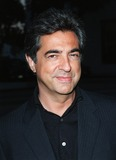 Dean Martin Photo - 18AUG98  Actor JOE MANTEGNA at the Beverly Hills premiere of HBOs The Rat Pack He plays Dean Martin in the movie which is based on the lives of Frank Sinatra Dean Martin Peter Lawford  Joey Bishop