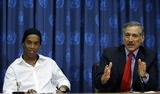 Heraldo Munoz Photo - Brazilian soccer star Ronaldinho and Heraldo Munoz (R) Chiles UN Ambassador during a press conference announcing Ronaldinho as a United Nations Spokesperson for Sport for Development and Peace August 11 2006 at United Nations in New York City