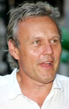 Anthony Head Photo - London Anthony Head at the UK premiere of Stormbreaker at the Vue cinema Leicester Square17th July 2006Keith MayhewLandmark Media