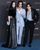 Beck Photo - LOS ANGELES CALIFORNIA USA - NOVEMBER 02 Susie Beck Nick Cave and Earl Cave arrive at the 2019 LACMA Art  Film Gala held at the Los Angeles County Museum of Art on November 2 2019 in Los Angeles California United States (Photo by Xavier CollinImage Press Agency)