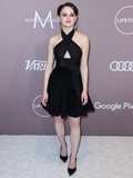 Kate Spade Photo - BEVERLY HILLS LOS ANGELES CALIFORNIA USA - OCTOBER 11 Actress Joey King wearing an Azzedine Alaa dress Alexander Wang shoes Eshvi earrings rings by Hirotaka EF Collection and Levian and a Kate Spade bag arrives at Varietys Power Of Women Los Angeles 2019 held at The Beverly Wilshire Hotel (A Four Seasons Hotel) on October 11 2019 in Beverly Hills Los Angeles California United States (Photo by Xavier CollinImage Press Agency)