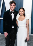 Aubrey Plaza Photo - BEVERLY HILLS LOS ANGELES CALIFORNIA USA - FEBRUARY 09 Jeff Baena and Aubrey Plaza arrive at the 2020 Vanity Fair Oscar Party held at the Wallis Annenberg Center for the Performing Arts on February 9 2020 in Beverly Hills Los Angeles California United States (Photo by Xavier CollinImage Press Agency)